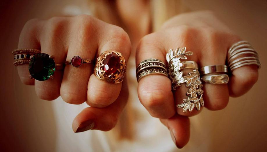 Как правильно носить кольца?